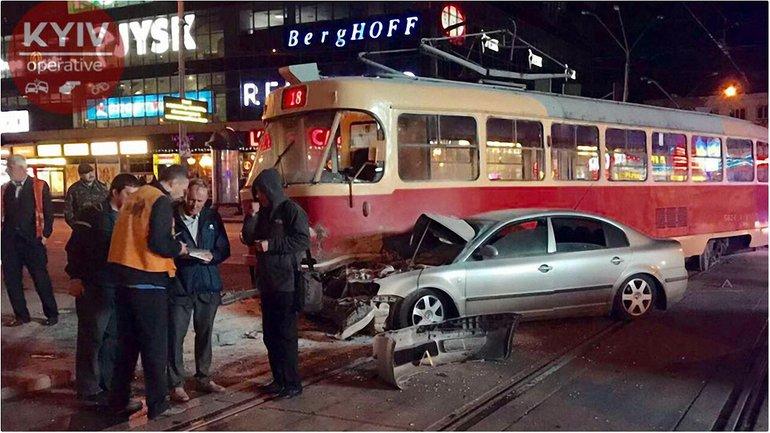 Депутат не заметил трамвай - фото 1
