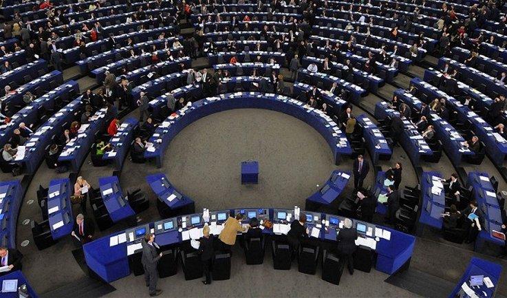 Европейский политик обеспокоен ослаблением демократических ценностей в мире - фото 1