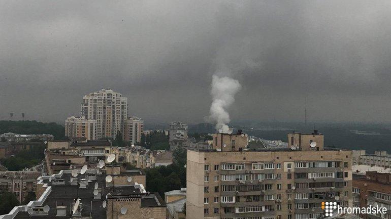 Пожар в центре Киева - фото 1