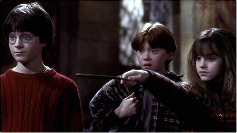 """Кадр из фильма """"Гарри Поттер: Философский камень"""" - фото 1"""