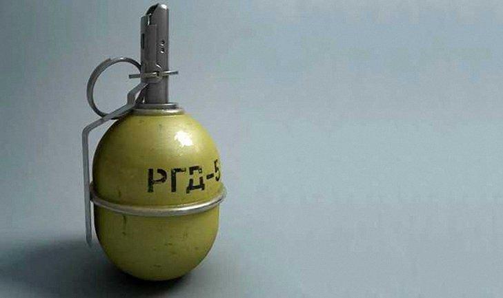 Боевик взорвал гранату во время пьянки - фото 1
