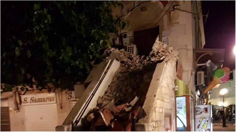 Разрушения на греческом острове - фото 1