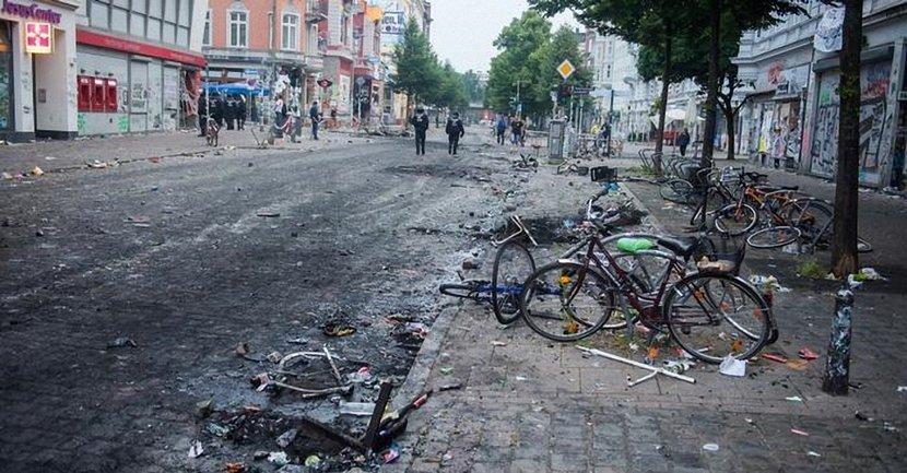 Протесты переросли в беспорядки  - фото 1