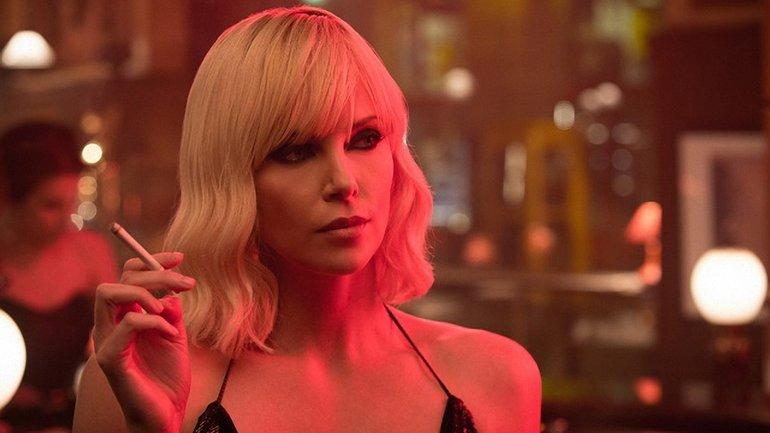Шарлиз Терон призналась, что отказалась от участия в фильме Чудо-женщина - фото 1