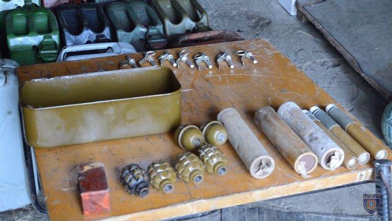 Полиция нашла арсенал боеприпасов  - фото 1