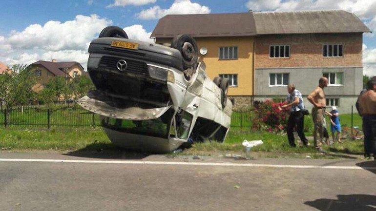 В ДТП пострадали четверо пассажиров - фото 1