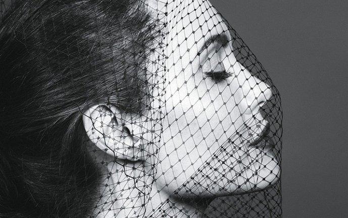 Анджелина Джоли рассказала о жизни после Брэда Питта - фото 1