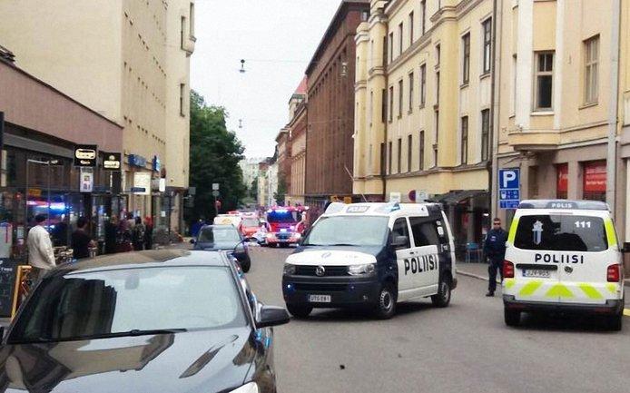 Мужчина снес пятерых прохожих в Хельсинки - фото 1