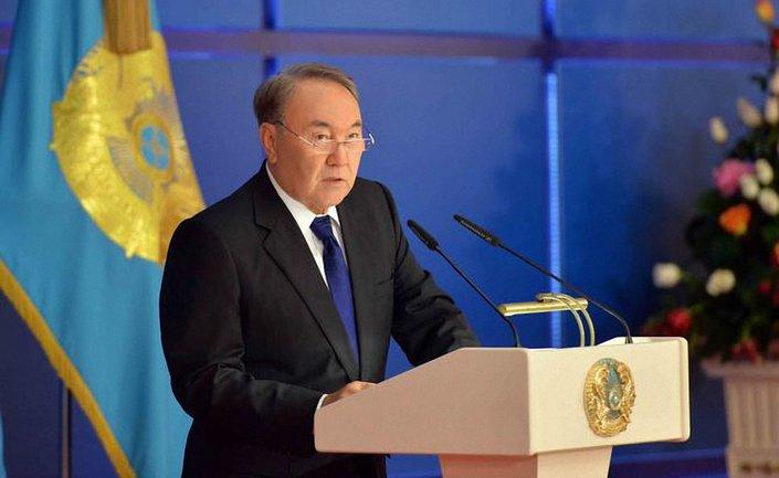 Назарбаев считает, что россияне и украинцы - братские народы - фото 1