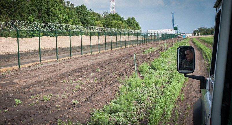 """""""Стена"""" на границе с Россией - фото 1"""
