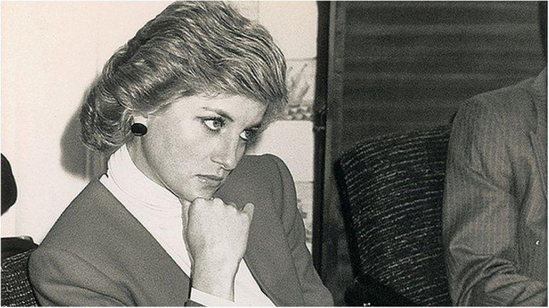 В 2017 году исполняется 20 лет со дня смерти принцессы Дианы - фото 1