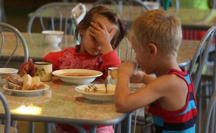 Детей кормили просрочеными продуктами  - фото 1