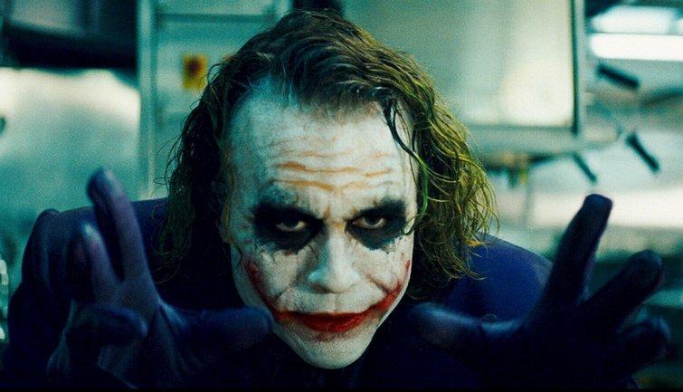 Главный враг Бэтмена Джокер получит сольный фильм от Warner Bros - фото 1