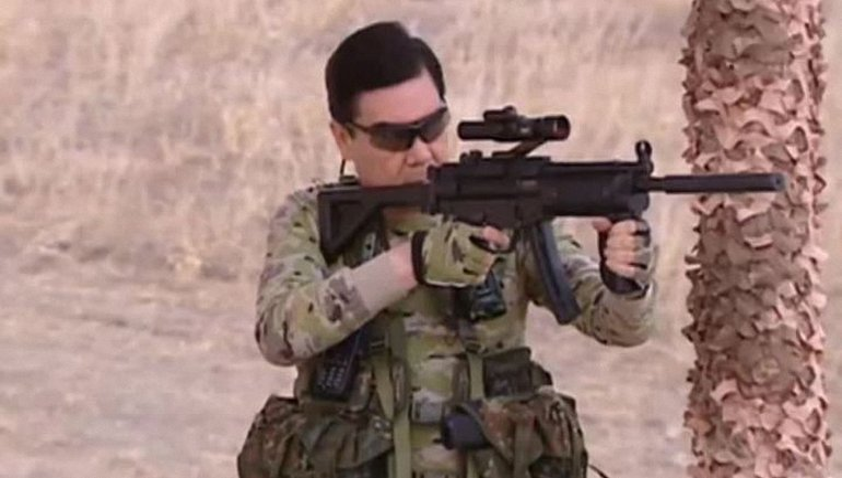 Президент Туркменистана решил, что он - Шварценеггер - фото 1