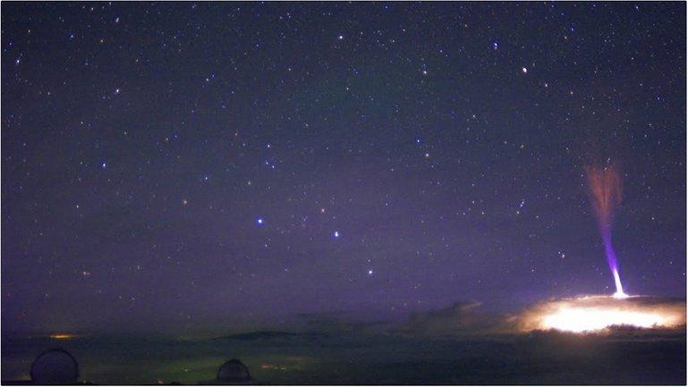 Молнии направлены вверх от поверхности Земли - фото 1