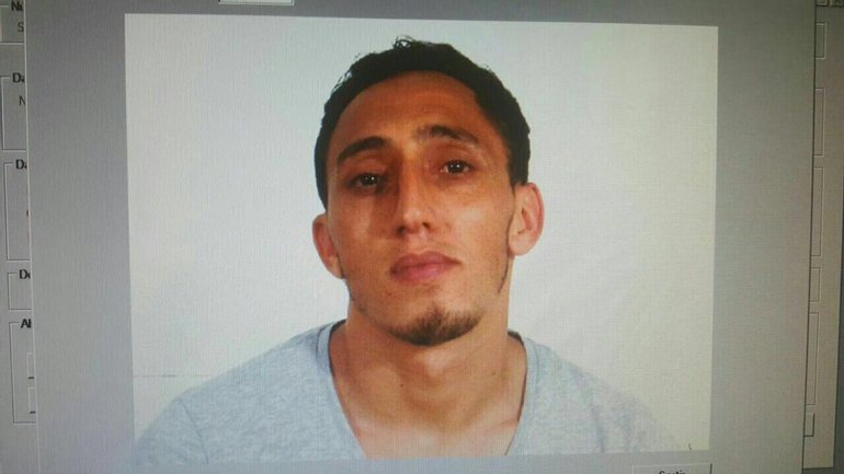 Дарис Укабир вероятно является злоумышленников, который совершил теракт в Барселоне - фото 1