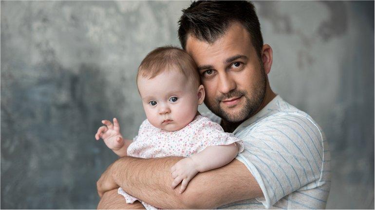 Алексей Душка с дочкой - фото 1