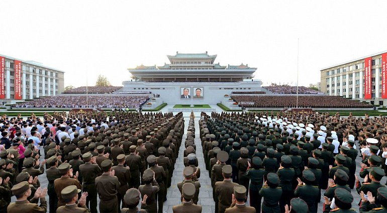 Китай ввел санкции против Северной Кореи - фото 1