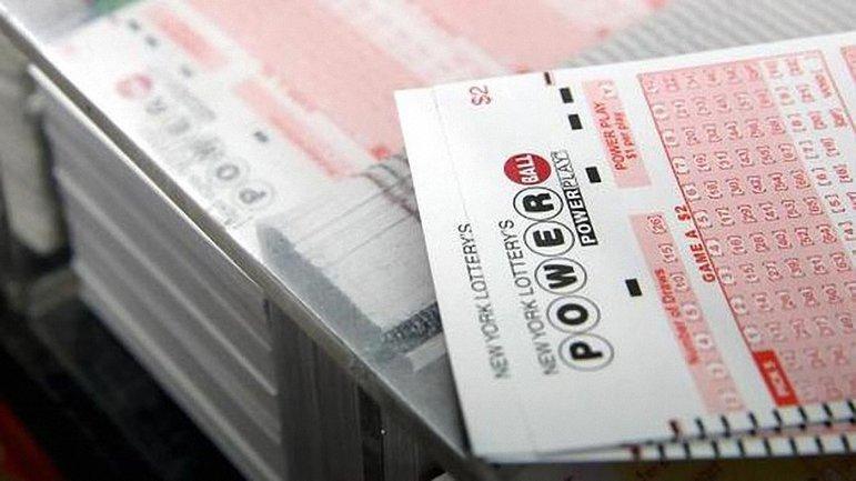 В США поставлен мировой рекорд джекпота в лотерее - фото 1