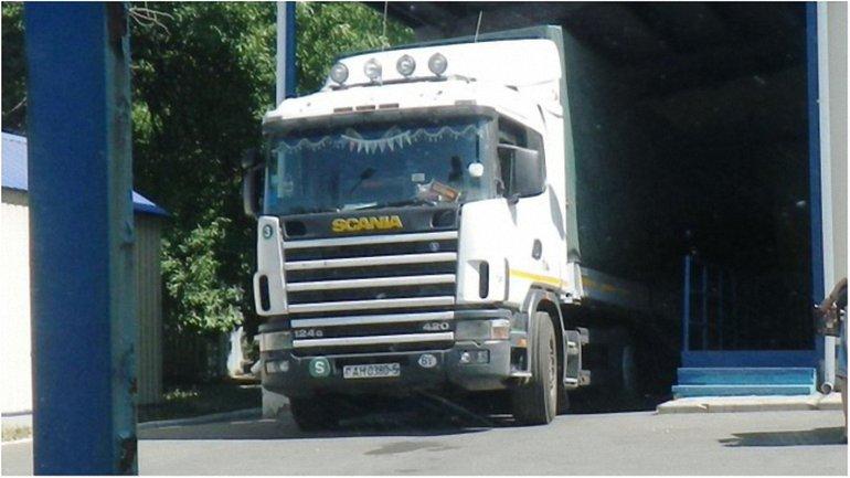 Беларусы привозят продукты на оккупированные территории Донбасса - фото 1