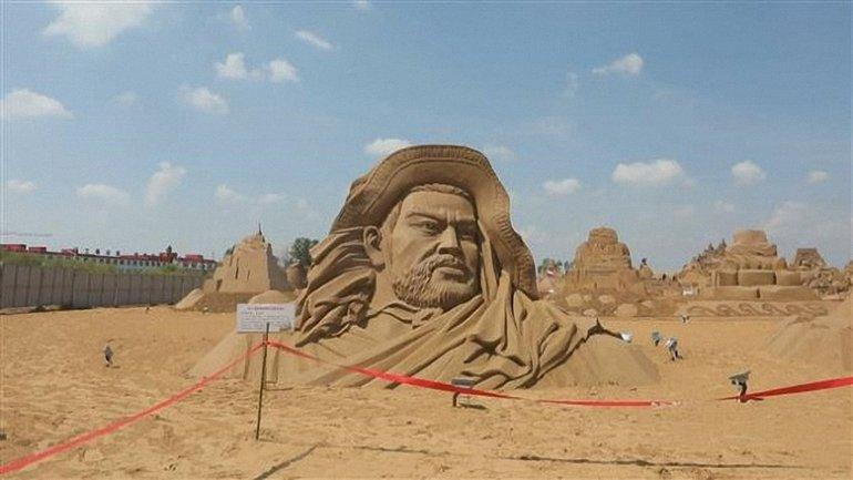 """Песочная скульптура """"Королевство Лоулань"""" - фото 1"""