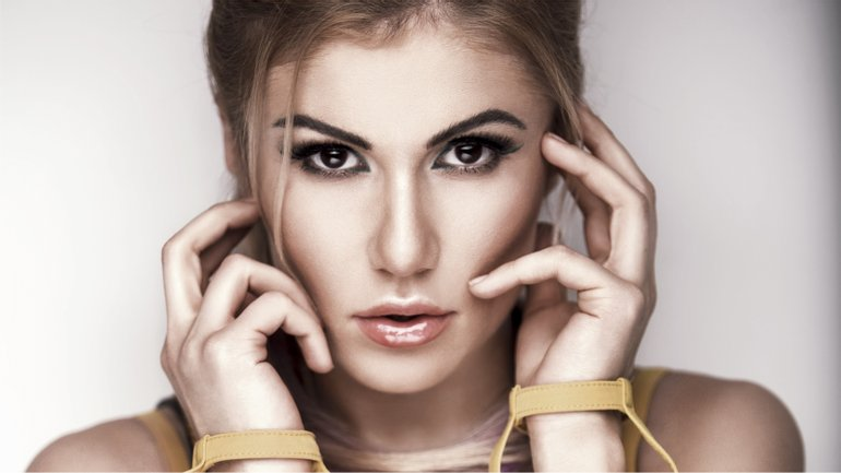 Алена Омаргалиева - фото 1