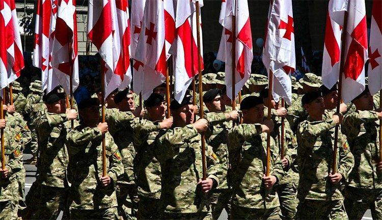 Бойцы Вооруженных сил Грузии прилетят в Киев для участия в параде ко Дню Независимости - фото 1