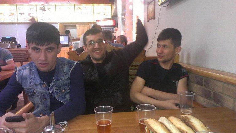 Силовики задержали 4 крымских татар - фото 1