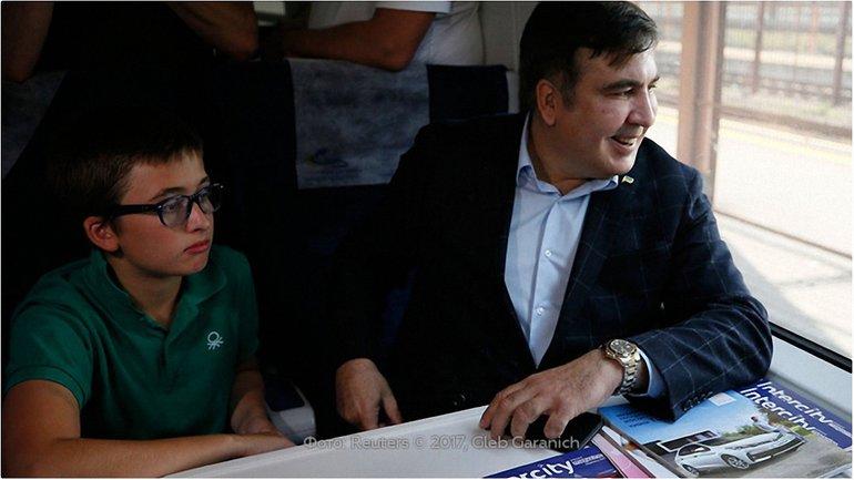 Из-за Саакашвили задержали поезд из Польши в Киев - фото 1