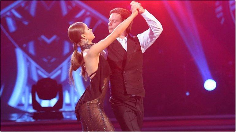 Танці з зірками 2017 - 4 выпуск: Дима Комаров и Александра Кучеренко - фото 1