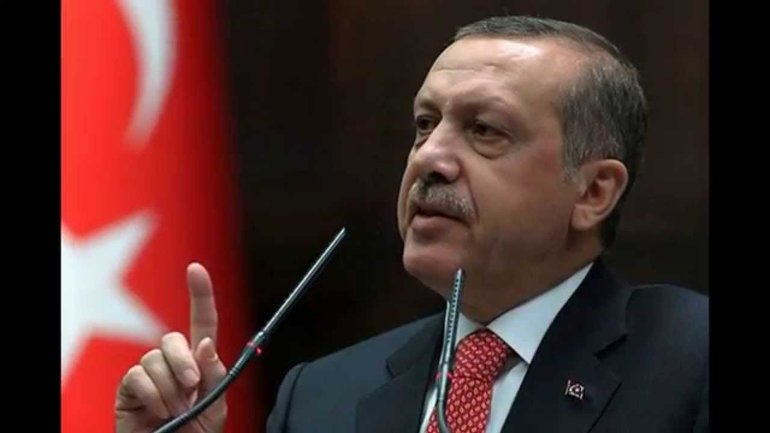 """От Эрдогана потребовали """"убраться"""" из страны - фото 1"""