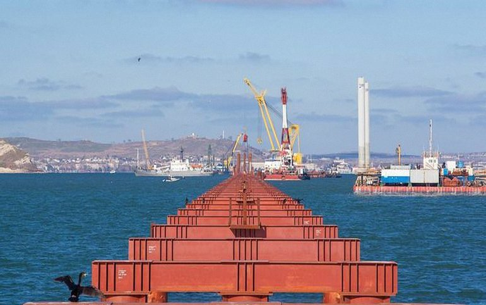 В строительстве моста через Керчь принимали участие компании из Нидерландов - фото 1
