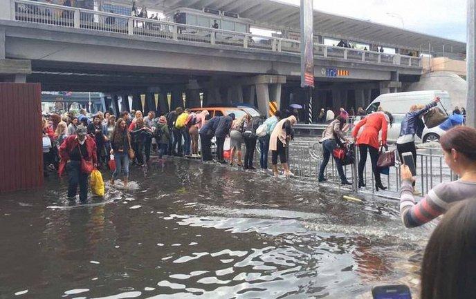 Киев затопило - фото 1