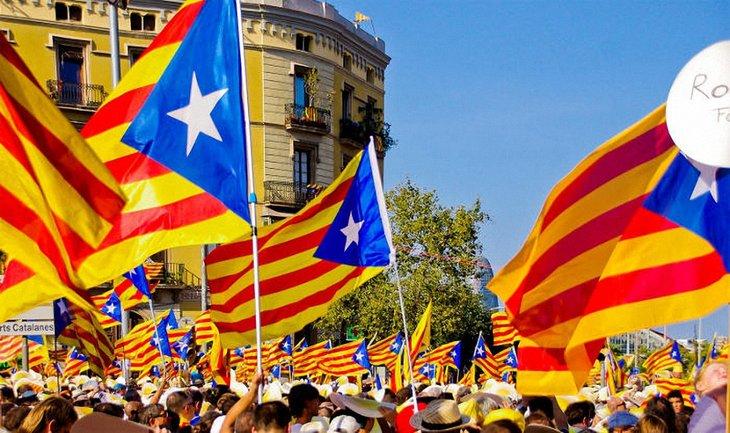 Страсти по референдуму в Каталонии - фото 1