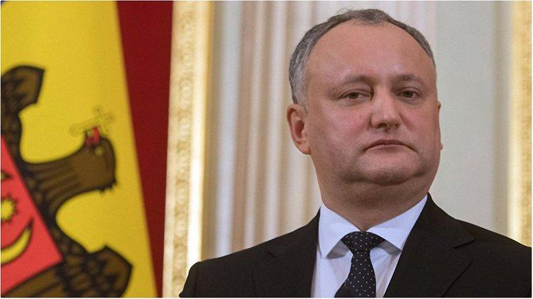Президент Молдовы запретил военным ехать в Украину - фото 1