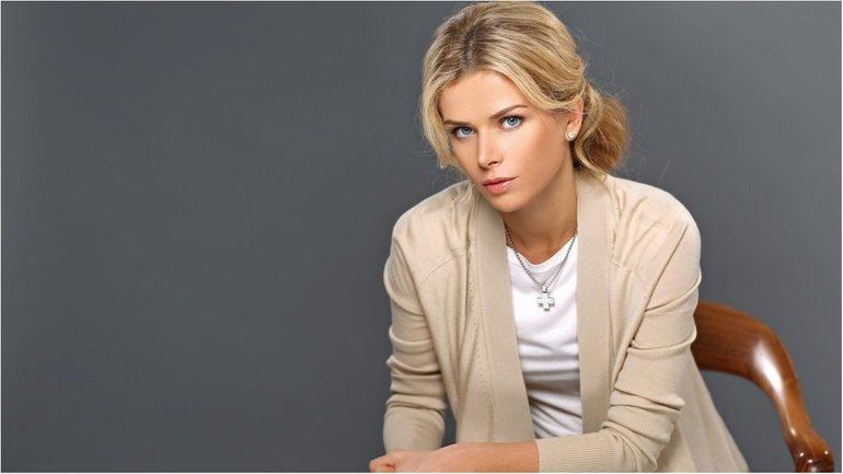 Донец - та еще модница, потому что может позволить - ее семья была блика к Павлу Лазаренко - фото 1