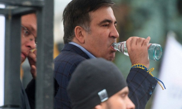 В офисе партии Саакашвили проводят обыск - фото 1