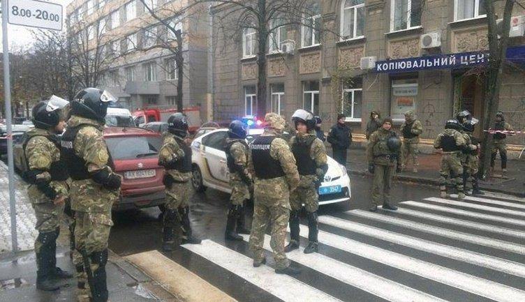 Обыски проходят в Харькове - фото 1