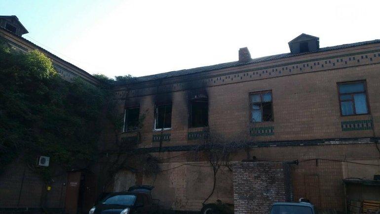 В Запорожье горел хостел - фото 1