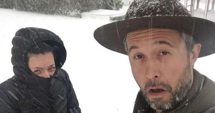 Сергей Бабкин с женой показали первый снег в Харькове - фото 1