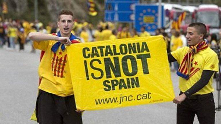 Украина не признала референдум в Каталонии  - фото 1