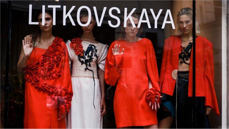 Лилия Литковская и Алан Бадоев произвели фурор на Парижской неделе моды - фото 1