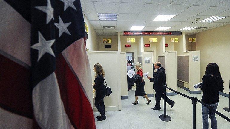 Участники тура MONATIK не смогли получить визы в США - фото 1
