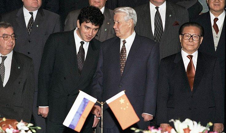 Назначенный оппозиционер: Почему Киеву не нужен памятник Немцову - фото 1