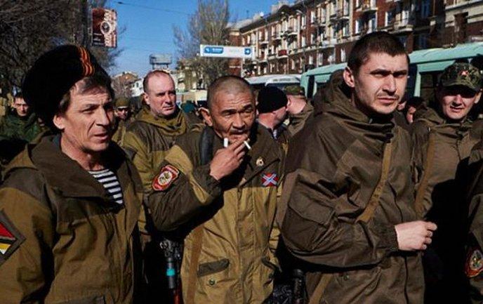 Боевики хотят забрать себе побольше квартир - фото 1