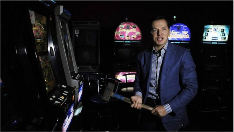 Олег Ляшко боролся с игральным бизнесом, но сам не прочь лотереи? - фото 1