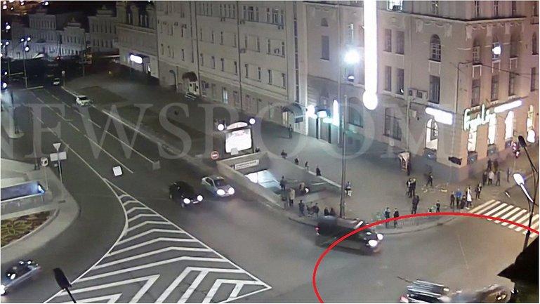 Видео момента столкновения в Харькове - фото 1