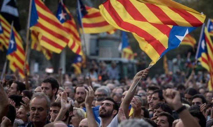 Италия не поддерживает независимость Каталонии - фото 1