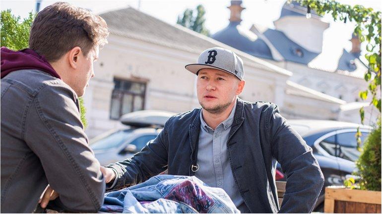 Андрей Хлывнюк: Никакой закон не запрещает украинцам выступать в России - фото 1