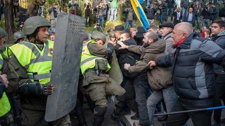 Найем и Порошенко встретятся для обсуждения протестных акций и законопроектов - фото 1